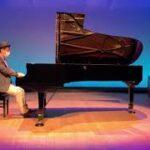 【ドラクエ35周年】ロトのテーマをホールのグランドピアノで弾いてみた!【ニコニコ本陣道の駅日光】